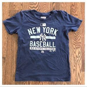 {Majestic} NY Yankees T-Shirt, M (10-12)